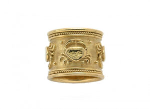 Gold Zodiac band ring with cancer motifs; fine jewellery London