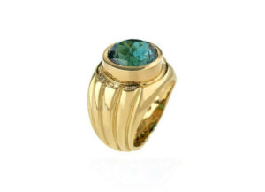 Blue-tourmaline-and-diamond-ring-MIS25714_0d27ca3b-aa30-4ec1-92c4-d4c3c570a082