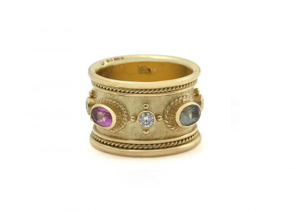 Blue_-pink_-yellow-and-green-sapphire-templar-band-v4-TBS16893-600×434