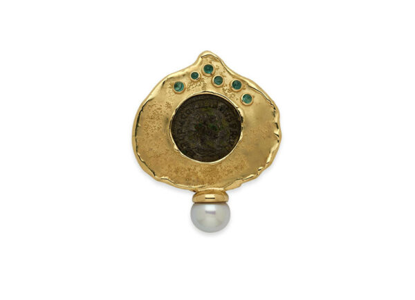 Bronze-coin-Pin-set-with-emeralds-and-south-sea-cultured-pearl-PIN25627