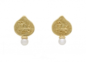 Capricorn-zodiac-earrings-EZD26263