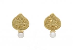 Capricorn-zodiac-earrings-EZD26263