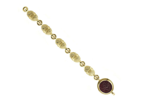 Carved-gold-bracelet-with-red-glass-intaglio-BMS26451