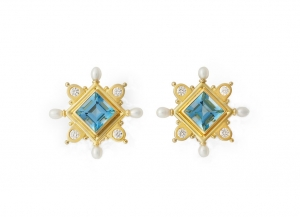 Cross-earrings-with-square-aqamarine-stones-and-biwa-pearls-CRS26424