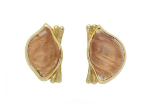 Cupid-pearl-earrings-EZD26415_bce05702-0279-4947-b539-4f1a4bb0fff6