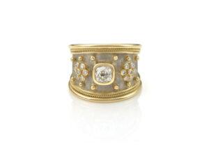 Diamond-Taper-templar-ring-TTS2636_f70b283a-cc4a-4b8a-a2dd-21ebe15898ea
