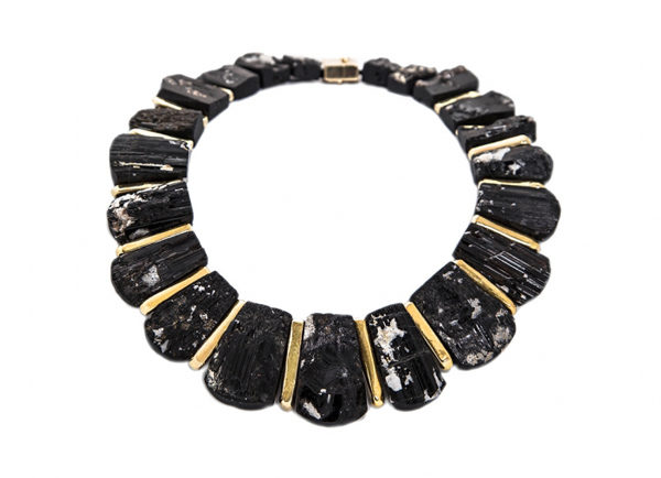 Elizabeth-Gage-Black-Tourmaline-necklace-NBG26068-600×434