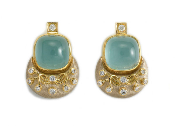 Elizabeth_Gage_Aquamarine_Eleanor_Earrings_ELA24612-600×434
