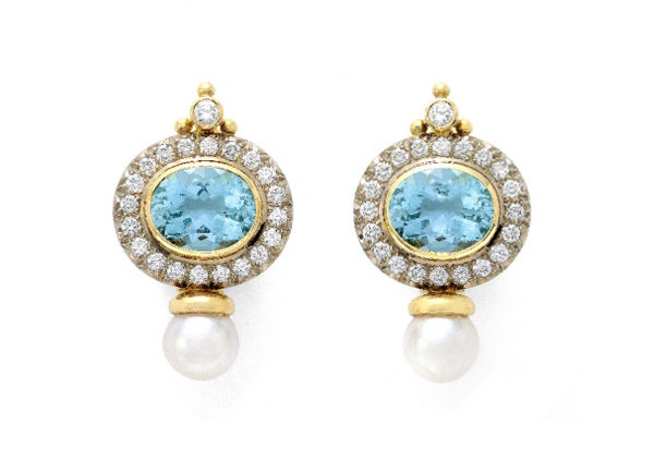 Elizabeth_Gage_Aquamarine_Valois_Earrings_EBA19644-600×434