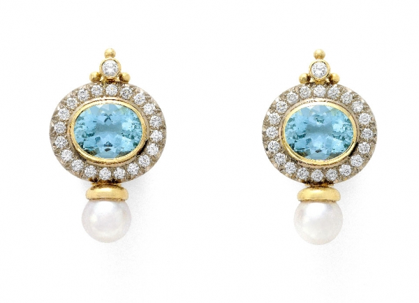 Elizabeth_Gage_Aquamarine_Valois_Earrings_EBA19644