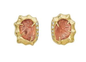 Elizabeth_Gage_Carved_Sunstone_Earrings_EMS25371