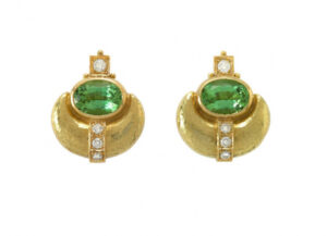 Elizabeth_Gage_Eleanor_Earrings_ELA23623-600×434
