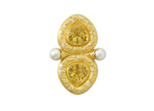 Gold Arcadia pin with yellow beryls, butterfly motifs and diamonds; gold brooch; fine jewellery London