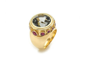 Gold ring with grey tourmaline and red rubies; fine jewellery London