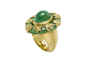 Emerald-and-vine-leaf-ring-MIS16288