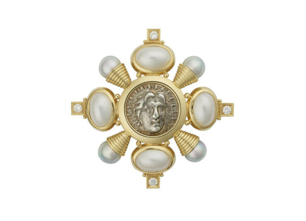 Kiss-pin-with-mabe-and-grey-pearls_-silver-coin-and-diamonds-PIN24703_f9d0db8f-698f-4027-88db-efdac506077a