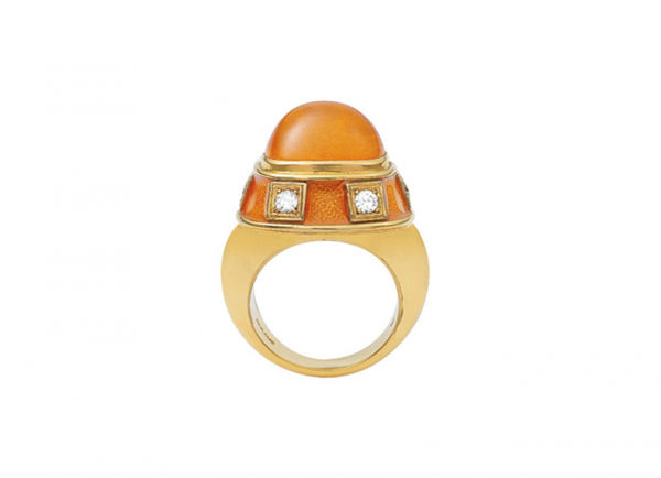 Mandarin-garnet-charlemagne-ring-CHA25117-600×434