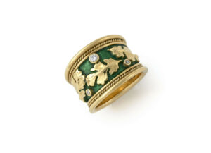 Oak-leaf-tapered-templar-with-diamonds-and-emerald-green-enamel-ring-TTB21886