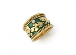 Oak-leaf-tapered-templar-with-diamonds-and-emerald-green-enamel-ring-TTB21886-600×434