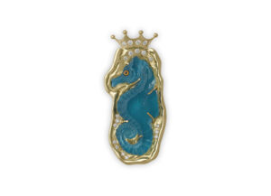 Gold seahorse cameo pin with beryl, blue enamel and diamonds; gold brooch; fine jewellery London