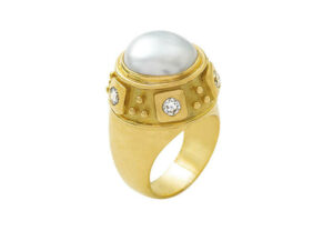 Pearl-charlemagne-ring-CHA24510