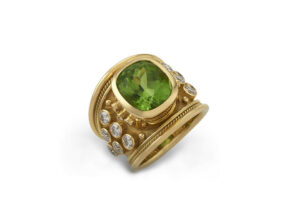 Gold ring with peridot and diamonds; fine jewellery London