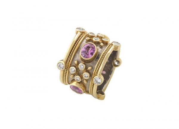 Pink-sapphire-crown-ring-TBS22870_9f8dbdfa-44a3-4f03-a159-d8cc246f8f17-600×434