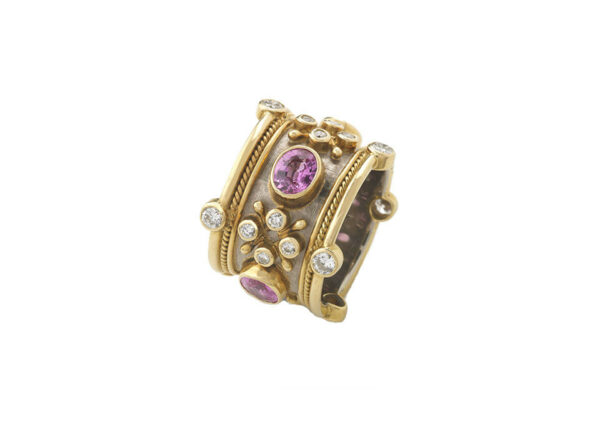 Pink-sapphire-crown-ring-TBS22870_9f8dbdfa-44a3-4f03-a159-d8cc246f8f17