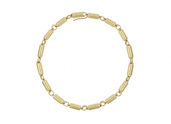 Planished-gold-tubes-and-molten-links-necklace-NAG25024-600×434