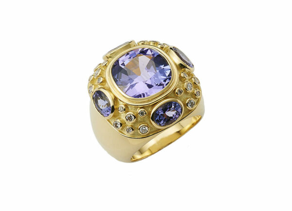 Tanzanite-charlemagne-ring-with-diamonds-SIDE-VIEW-CHA25734