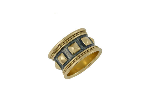 Templar-band-ring-with-soft-puramids-of-gold-and-violet-grey-enamel-TBE26026