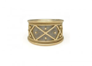 Yellow and white gold tapered Templar ring with trellis and bead design; fine jewellery London