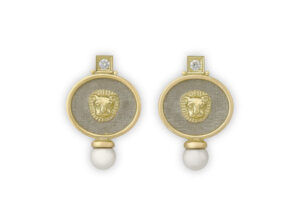 Yellow and white gold earrings with diamonds and pearl; fine jewellery London
