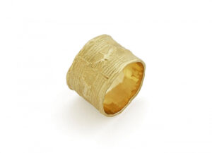 Gold roller seal ring; fine jewellery London