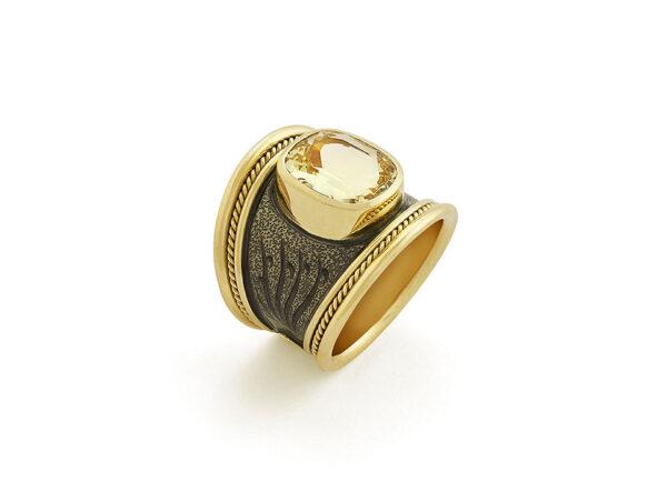 Yellow Beryl Tapered Templar Ring