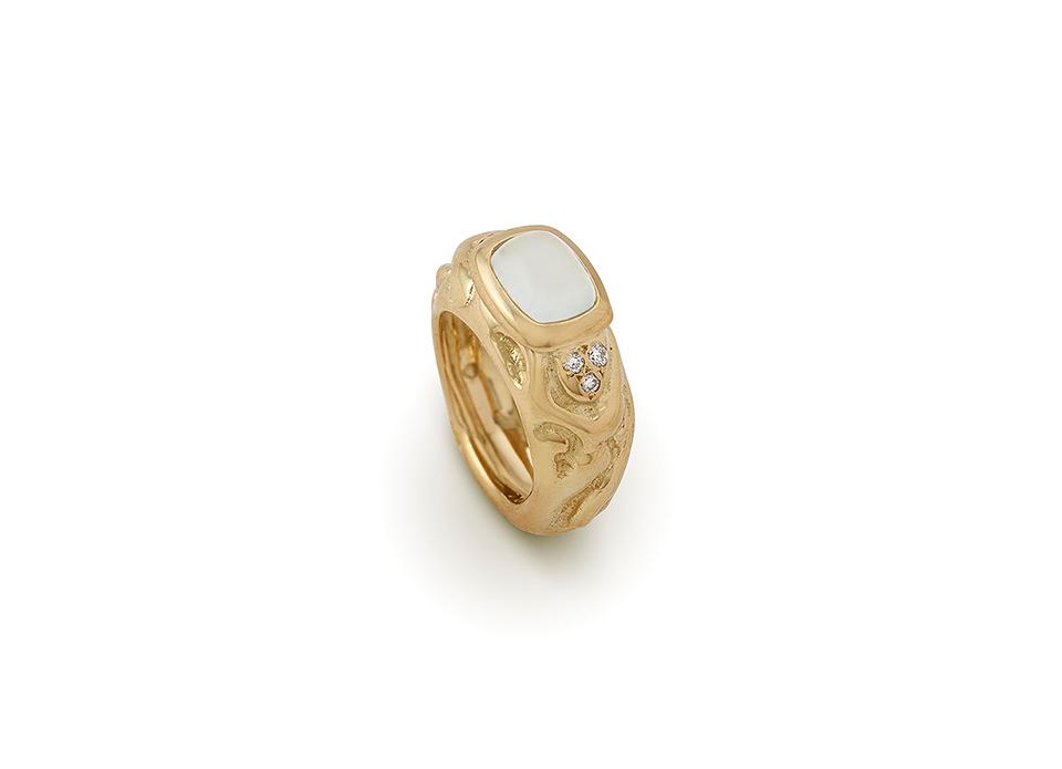 Aquamarine Molten Gold Ring