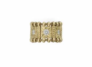 Diamond-agincourt-ring-AGB21771