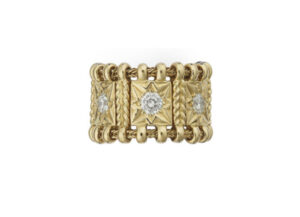 Diamond-agincourt-ring-AGB21771-600×434