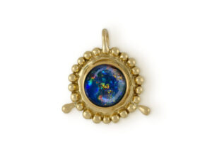 Gold pendant with opal triplet; fine jewellery London