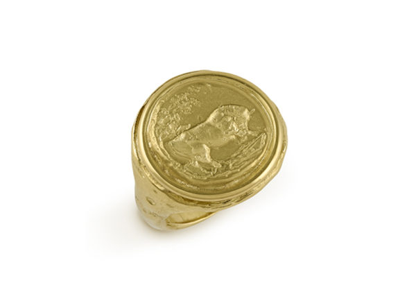 Gold bull signet ring