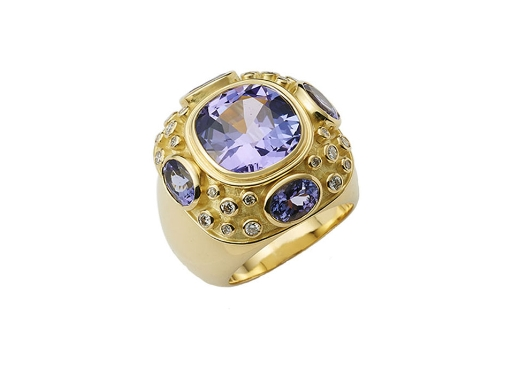 Elizabeth's Charlemagne Rings