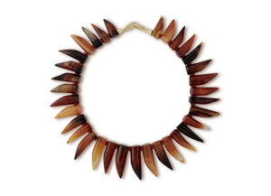 Necklace with natural agate claw-shaped beads; fine jewellery London