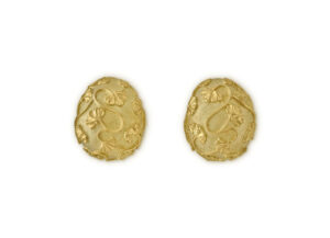 18ct gold earrings with Gingko Leaf detail; fine jewellery