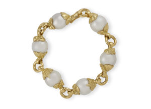 South Sea Cultured Pearl Bracelet with gold Shell Caps; fine jewellery London;