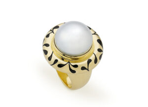 Pearl and Black Enamel Orlov Ring
