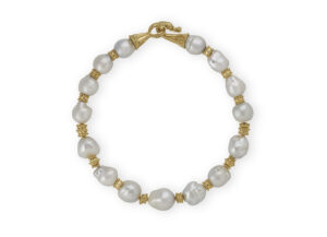 Pearl necklace with 15 South Sea Cultured Baroque Pearls; fine jewellery London