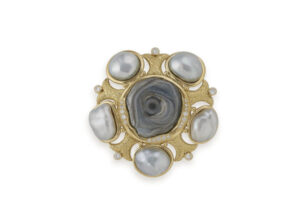 chalcedony rose and grey pearl pin