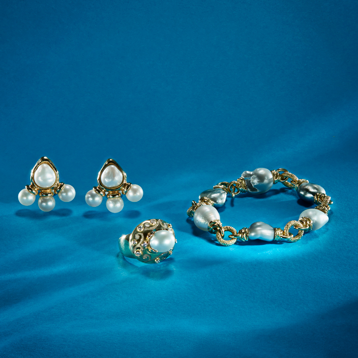 Elizabeth Gage cultured pearl jewellery