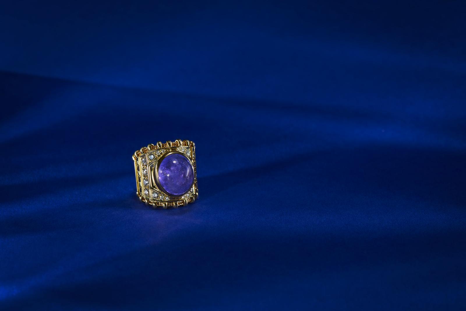 Elizabeth Gage Ring designer