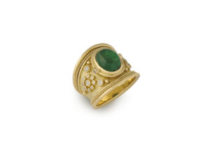 Gold tapered Templar ring with tsavorite and diamonds; fine jewellery London; Elizabeth Gage